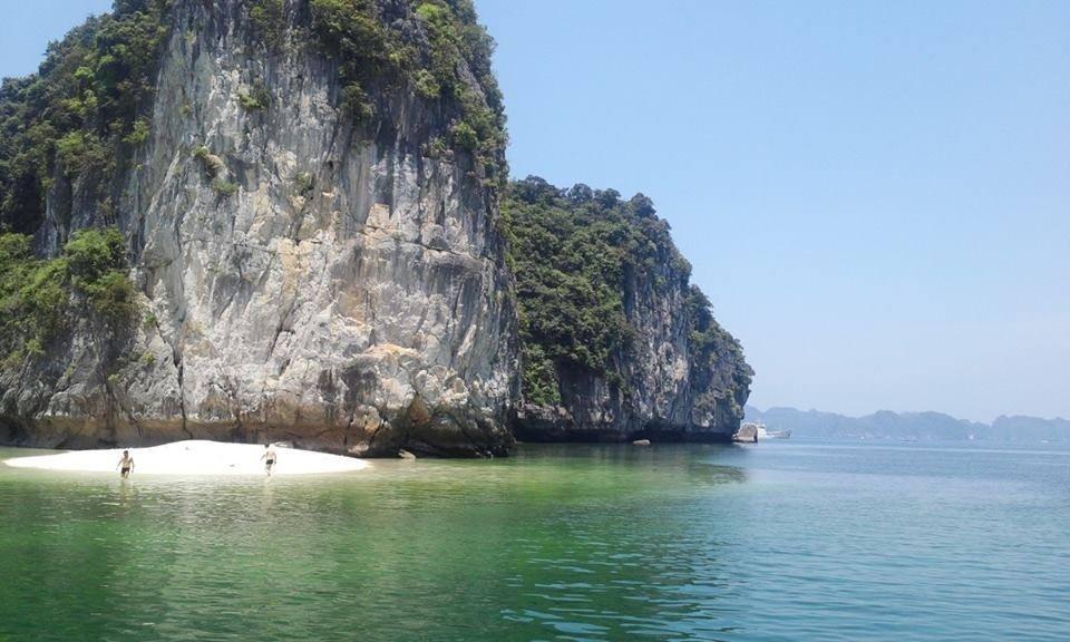 bãi biển vạn bội - vinhlanha.com
